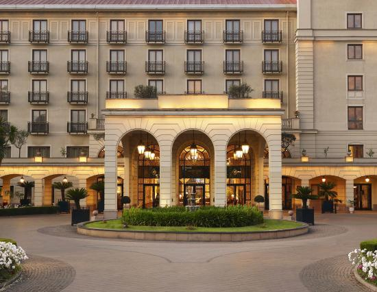 Sheraton Addis, a Luxury Collection Hotel: Exterior