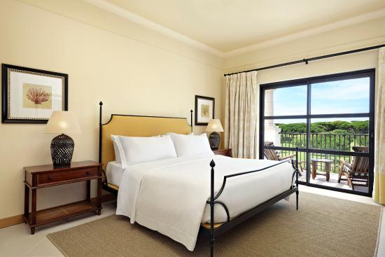 Pine Cliffs Residence, a Luxury Collection Resort: Guest Room