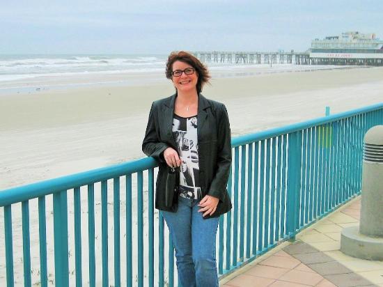 Beach at Daytona Beach: Beauty at the beach
