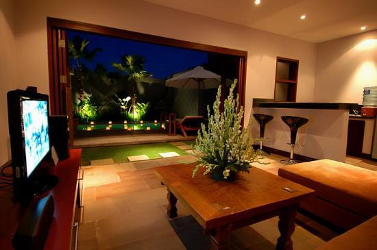 Danoya Villa - Private Luxury Residences: 1 Bedroom Villa Living Room