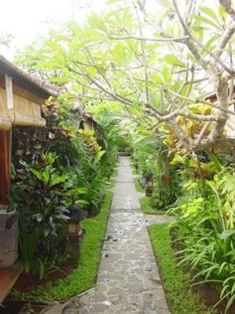 Putu Bali Villa and Spa: Exterior_Offers
