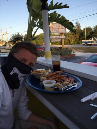 S.S. Wreck & Galley Grill : Great food