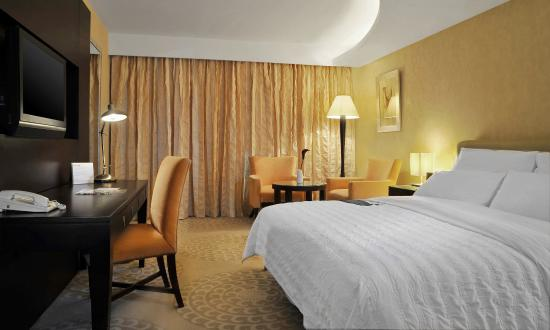 Le Meridien Pyramids Hotel & Spa: Deluxe Room