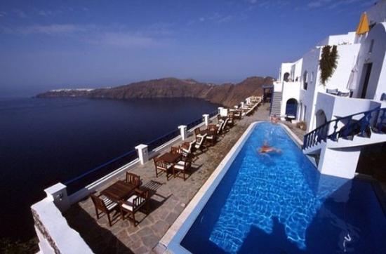 Regina Mare Hotel: Pool view