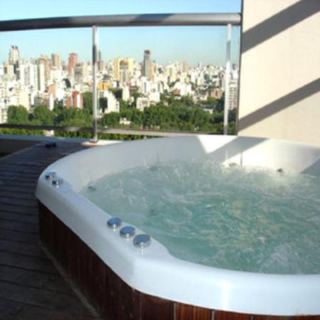 Hollywood Suites & Lofts: Jacuzzi At 20th Floor