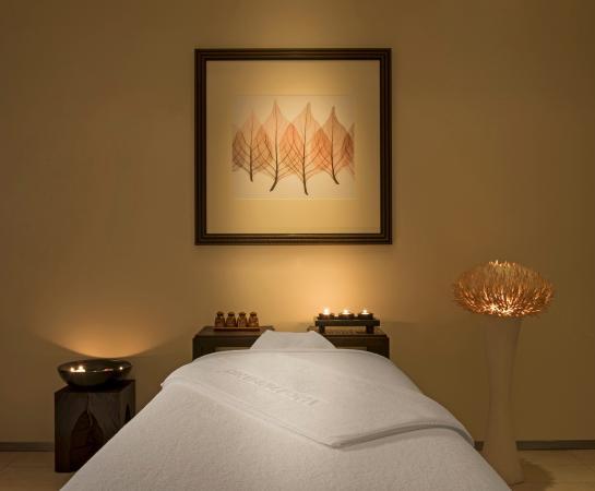 Westin Dubai Mina Seyahi Beach Resort & Marina: Heavenly Spa Treatment Room