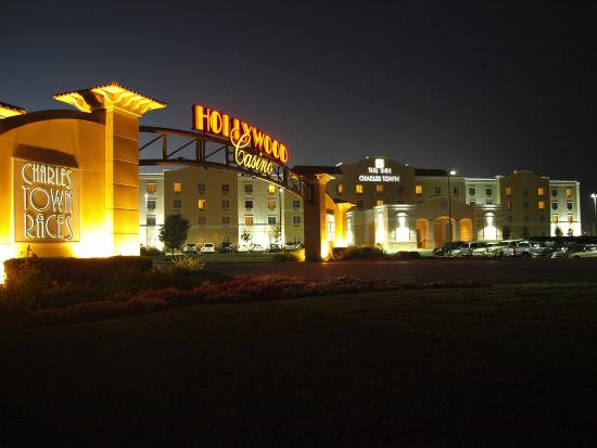 hollywood casino at charles town