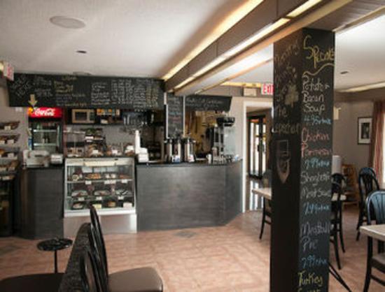 Bluenose Inn & Suites: Restaurant