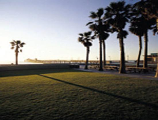 imperial beach and pier picture of super 8 san diego. Black Bedroom Furniture Sets. Home Design Ideas