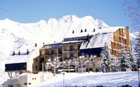 Photo of Hotel Y Apartamentos Cerler Edelweiss