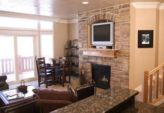 Lakeside Resort Properties: Guest Room