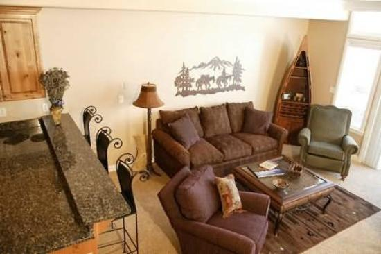 Lakeside Resort Properties: Recreational Facilities