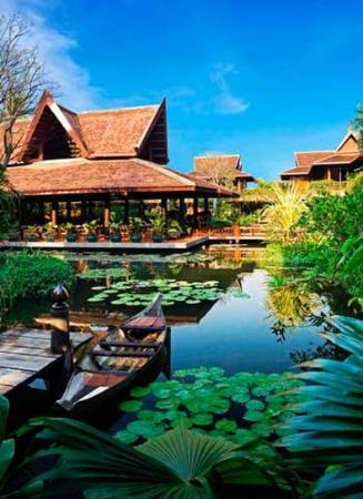 Angkor Village Hotel: Exterior View