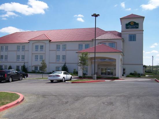 Photo of La Quinta Inn & Suites Boerne