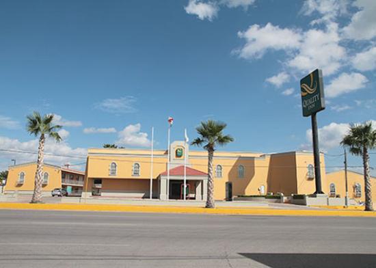 Quality Inn Piedras Negras: Facade