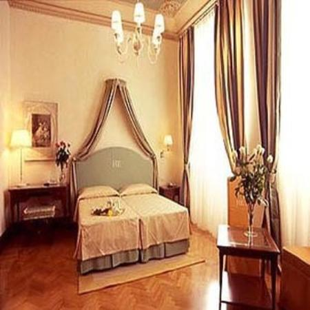 Hotel Executive Florence: Deluxe Room