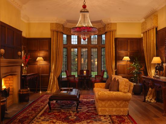 Lough Eske Castle, a Solis Hotel & Spa: Drawing Room Evening Fire ALL