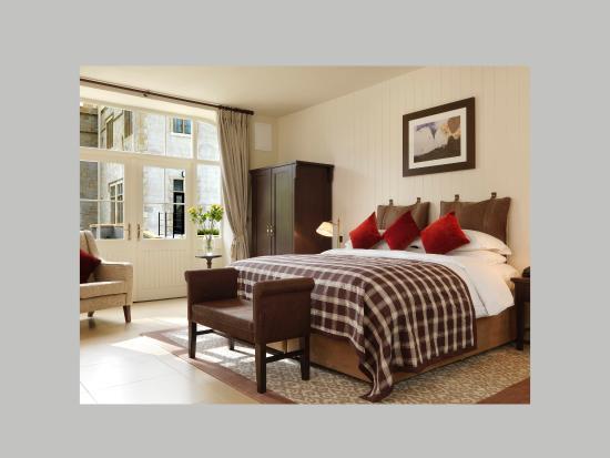 Lough Eske Castle, a Solis Hotel & Spa: Stable Suite Done