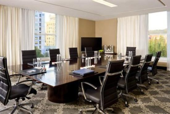 The Nines, a Luxury Collection Hotel, Portland : Frank Boardroom