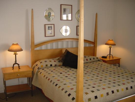 Sun Vail: Bedroom