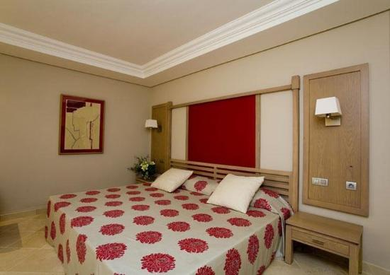 Protur Biomar Gran Hotel & Spa: Room