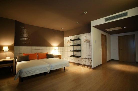 Hotelandgo.com