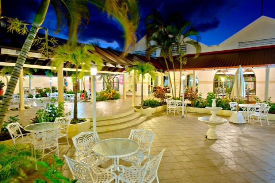 St. Lucian by Rex Resorts: St Lucian Entrance Lobby