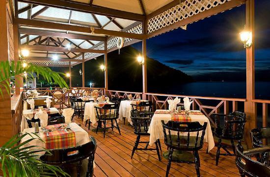 St. Lucian by Rex Resorts: St Lucian Mariners Restaurant