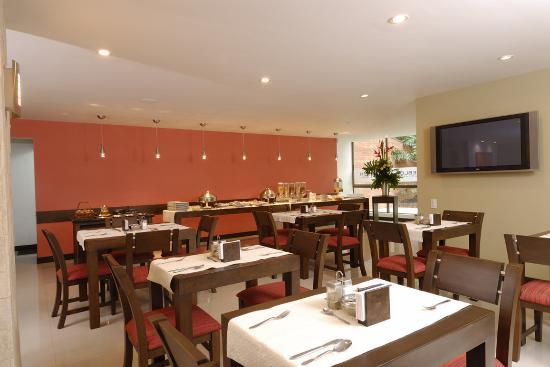 Leblon Suites Hotel: Restaurant