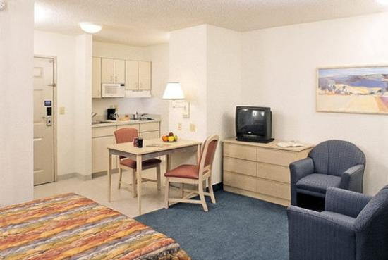 Studio 6 Orlando - Kissimmee: Guest Room