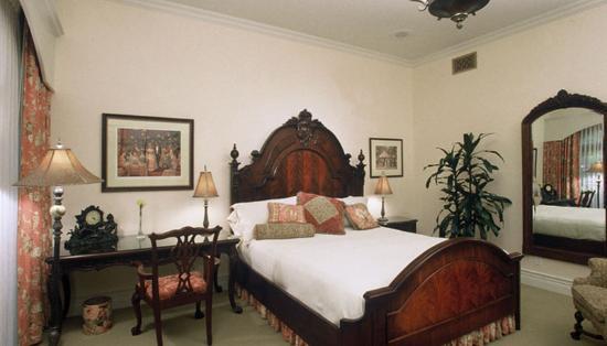 Santa Ynez Inn: Deluxe King