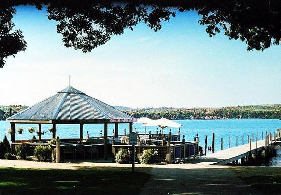 The Margate Resort: Gazebo Beach Bar