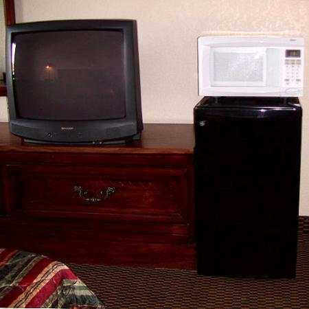 Inn Towne Lodge: Recent Motel