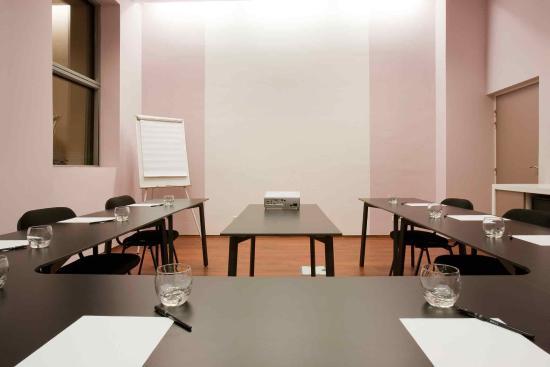 Ibis Antananarivo Ankorondrano: Meeting Room