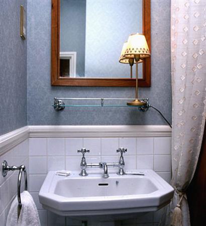 Lincoln House Hotel: Bathroom