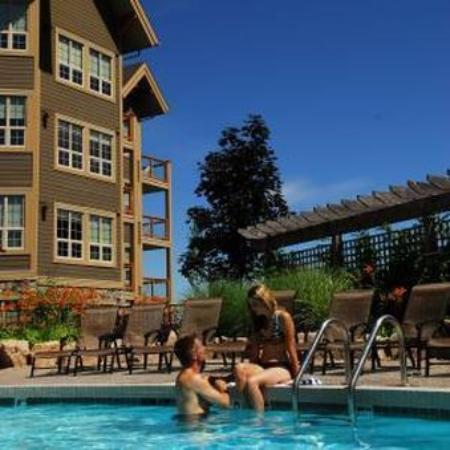 Predator Ridge Resort: Pool