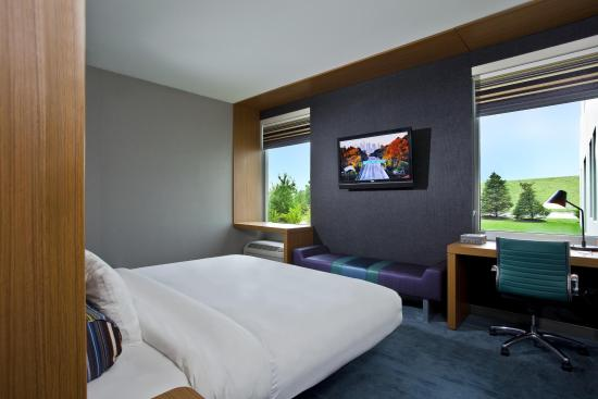 aloft Broomfield Denver: King Room
