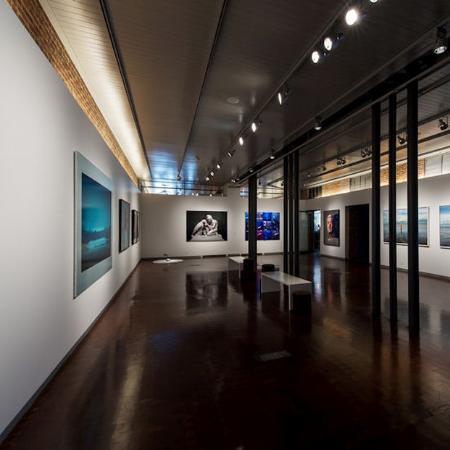 21c Museum Hotel Louisville: Blue Exhibit Lobby