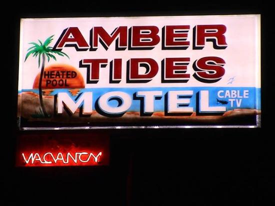 Amber Tides Motel: Exterior View