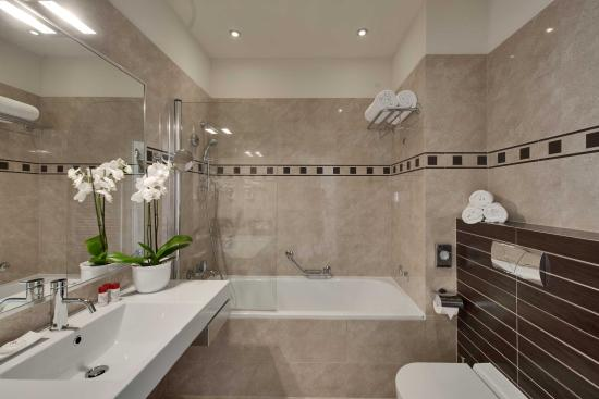 Hotel Bristol Opatija Bathroom Zirojevic Lo