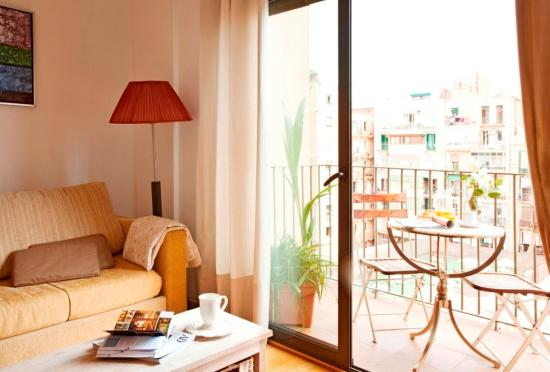 AinB Eixample Entenza: Guest Room
