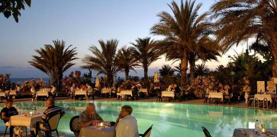 Constantinou Bros Athena Beach Hotel: Screen Shot At AM