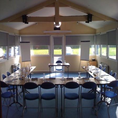 Kyriad Bourges Sud : Meeting Room