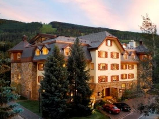 Tivoli Lodge Exterior Photo