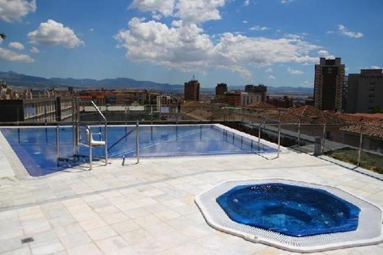 M.A Hotel Puerta de los Aljibes: Pool