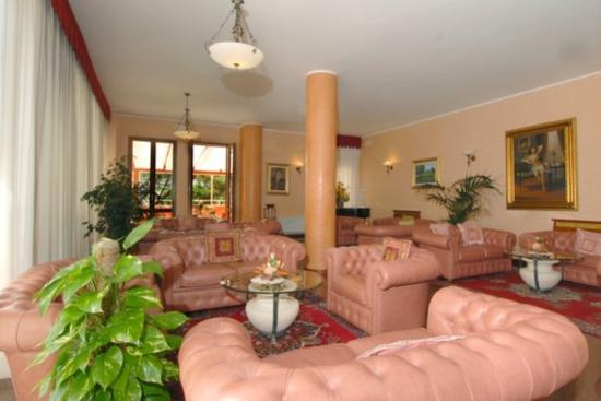 Fortuna Resort: Hall