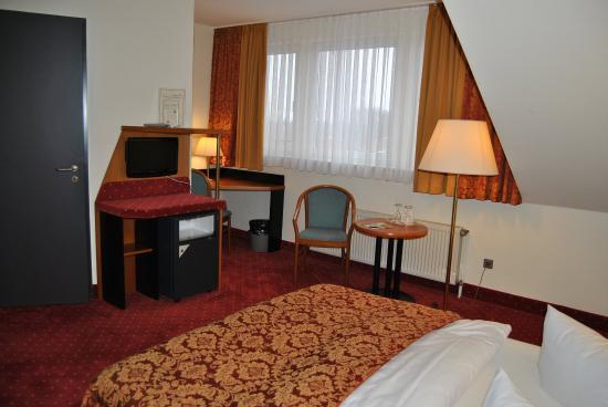 HEP Hotel Berlin : Bild BUSIZimmer Dpi