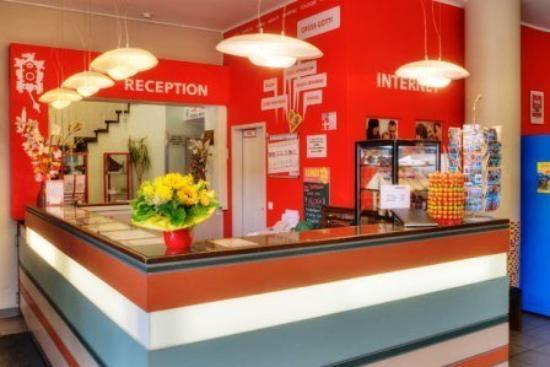 MEININGER Hotel Munich City Center: RECEPTION