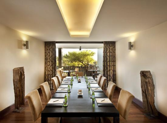 Four Seasons Safari Lodge Serengeti: Conference Room