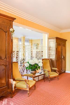 Hotel Bois Joli : Lobby
